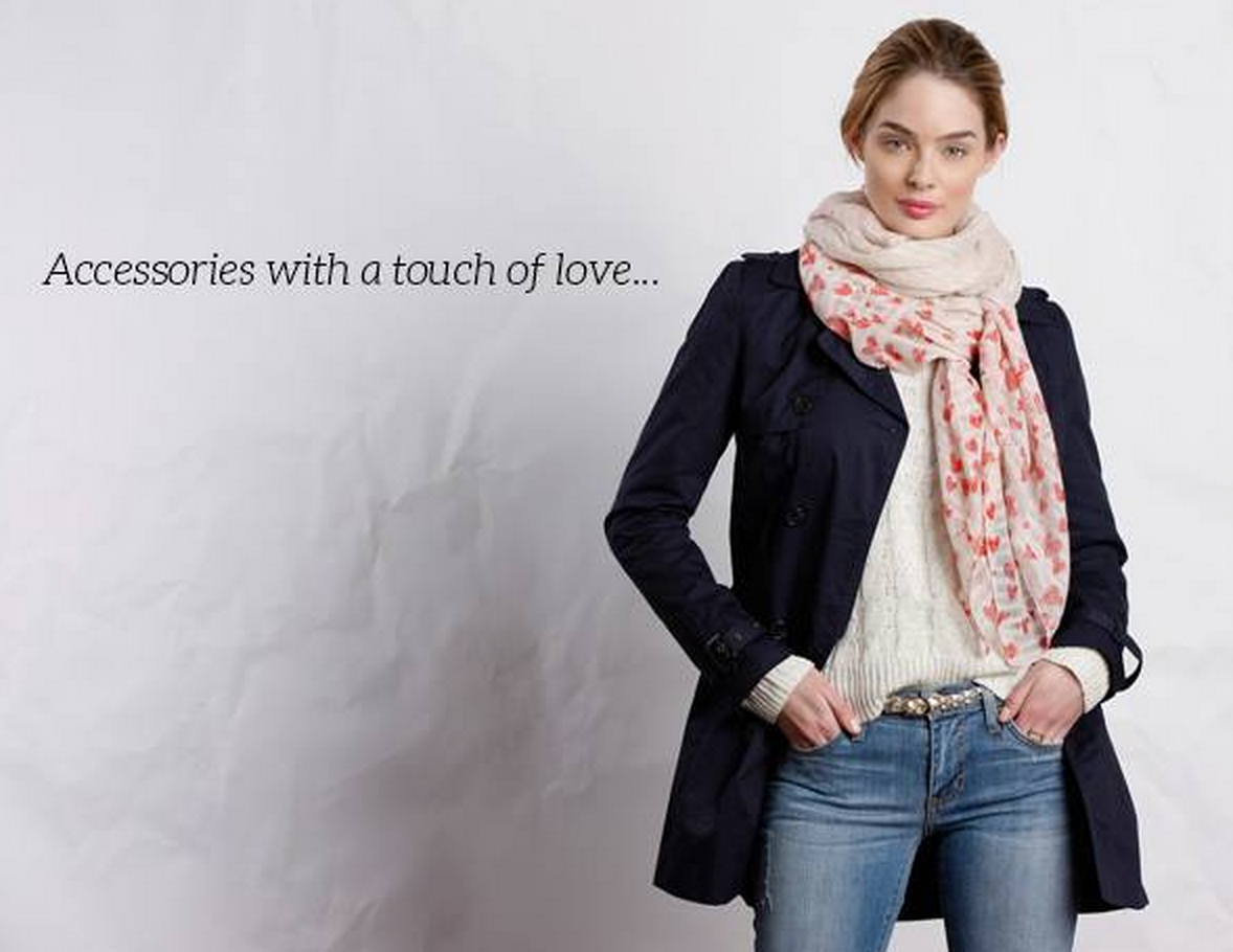 Golden Tote Valentine's Day Shop Opens Tomorrow! Scarves