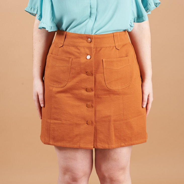 golden tote button skirt