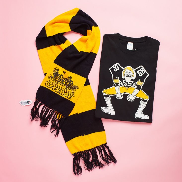 CHC Vintage scarf and steelers shirt