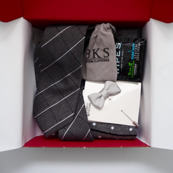 Gentleman's-Box-January-2019-Box-Open-2