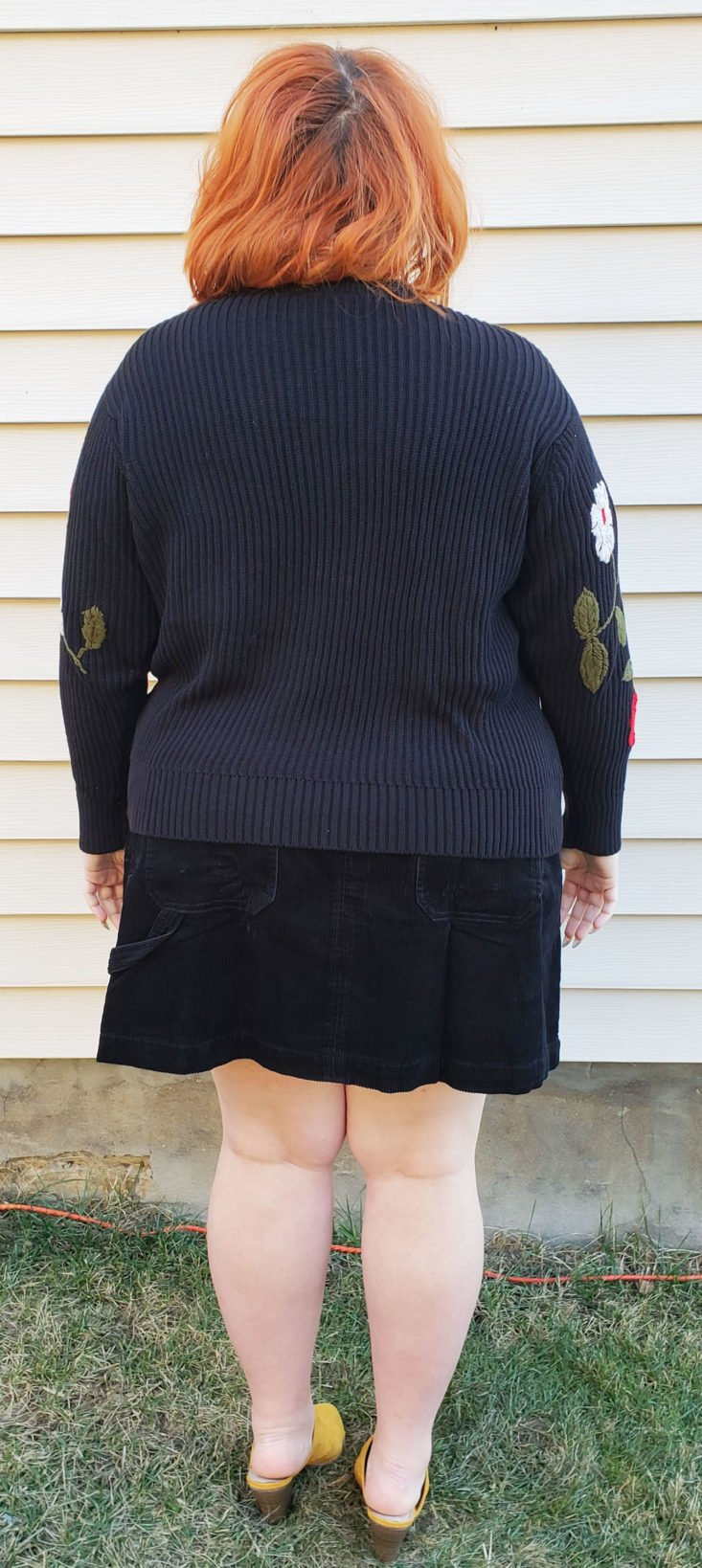 Trunk Club Plus Size Subscription Box Review December 2018 - Embroidered Sleeve Cotton Sweater by Lucky Brand Size 2x Pose 4 Back